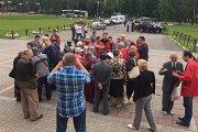 Состоялась встреча жителей с депутатами по теме отмены бесплатного проезда в Москве для пенсионеров Подмосковья