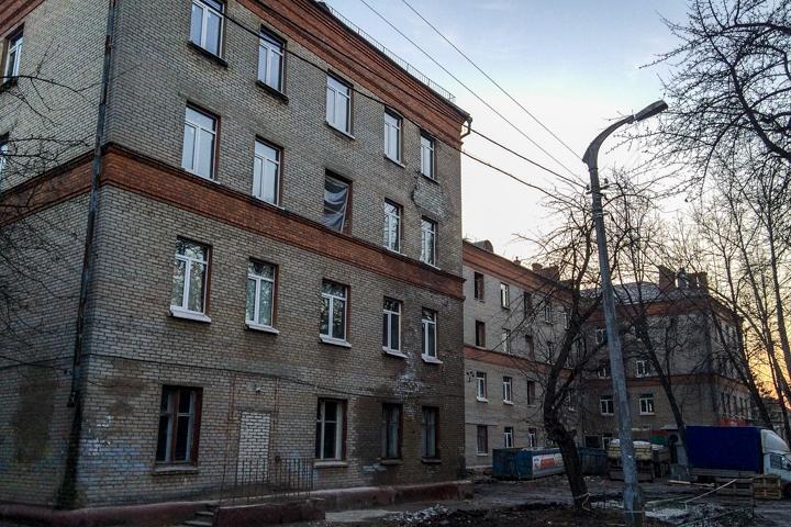 На улице Гаевского нерасселенное общежитие реконструируют в гостиницу, ресторан и магазины