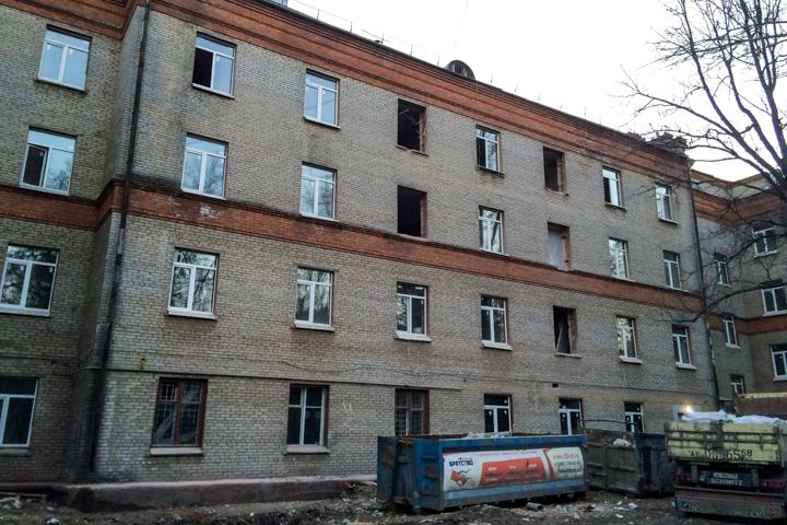 На улице Гаевского нерасселенное общежитие реконструируют в гостиницу, ресторан и магазины фото 2