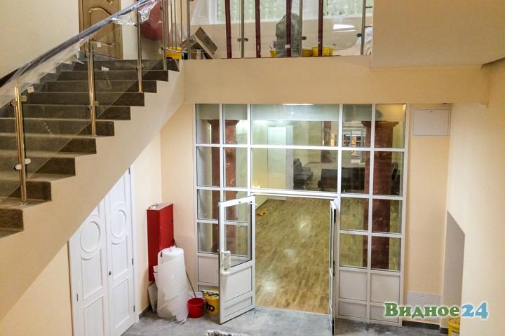 Меньше чем через месяц откроют реконструированный Дом культуры г. Видное. Фоторепортаж фото 44