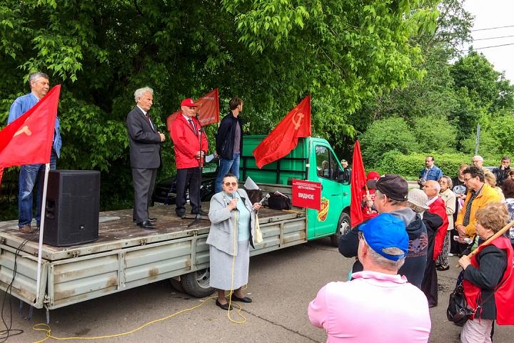 Состоялся митинг против проектов ПЗЗ, предполагающих тотальную застройку Ленинского района фото 13