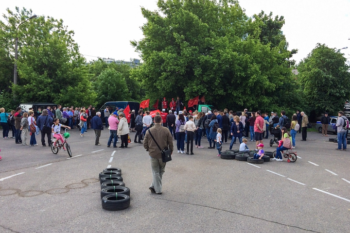 Состоялся митинг против проектов ПЗЗ, предполагающих тотальную застройку Ленинского района фото 4