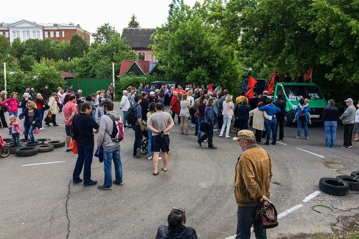 Состоялся митинг против проектов ПЗЗ, предполагающих тотальную застройку Ленинского района фото 5
