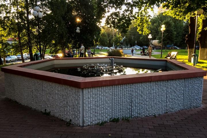 Видное – город неработающих, заброшенных и закопанных фонтанов. Фоторепортаж фото 16