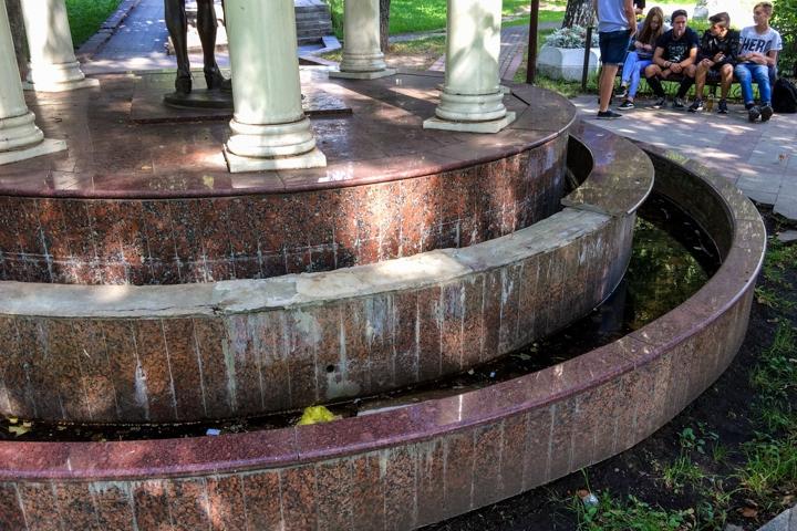 Видное – город неработающих, заброшенных и закопанных фонтанов. Фоторепортаж фото 14