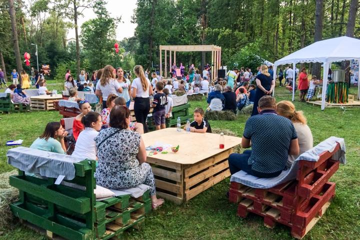В Расторгуевском парке города Видное прошел фестиваль «Яблочный спас». Фоторепортаж фото 26