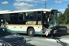 На трассе М4 «Дон» столкнулись 471-й автобус и фура. Есть пострадавшие. Видео регистратора автобуса
