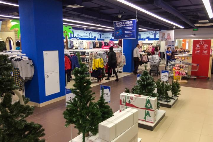 На Радужной улице открылся торговый центр «Ларец». Фоторепортаж фото 44