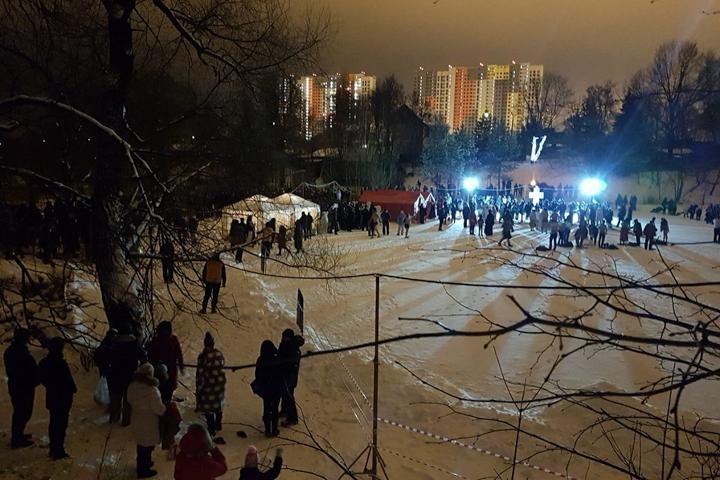 В крещенских купаниях в Ленинском районе приняло участие более 6 тысяч человек. Фоторепортаж фото 5