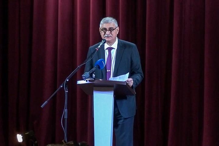 Глава г.п. Видное Моисей Шамаилов отчитался перед населением и намекнул, что Павлу Грудинину надо уйти в отставку. Видеозапись