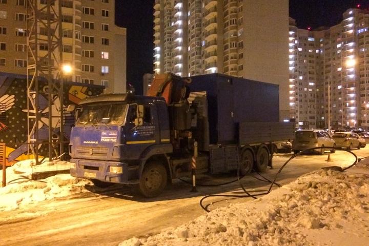 Аварии с подачей электричества, воды и отопления в микрорайоне Купелинка не прекращаются фото 2