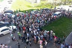 Жители Купелинки провели громкий сход и потребовали ввести ЧС в связи с летальной концентрацией сероводорода. Видеозапись