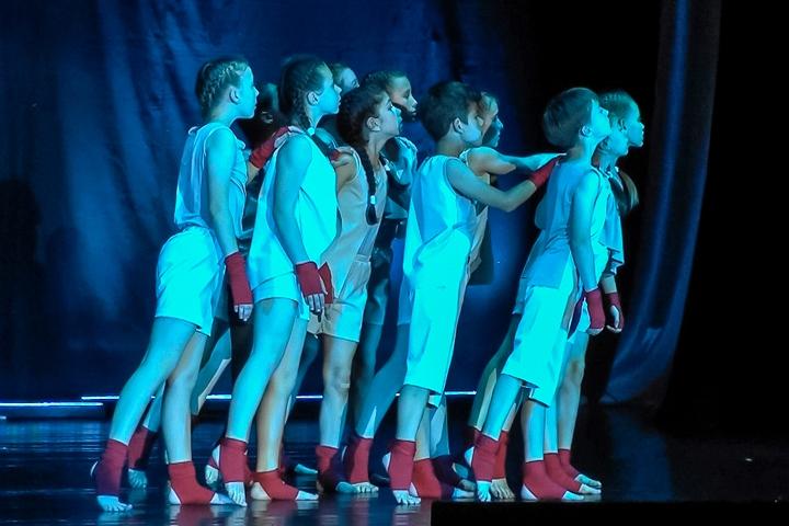 Отчетный концерт студии танца «Лестница» и театра танца «Шаги». Видеозапись
