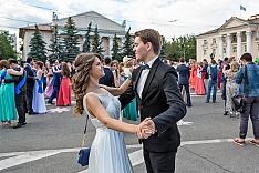 Выпускников 2018 года лишили «Выпускного бала» на Советской площади из-за ЧМ по футболу