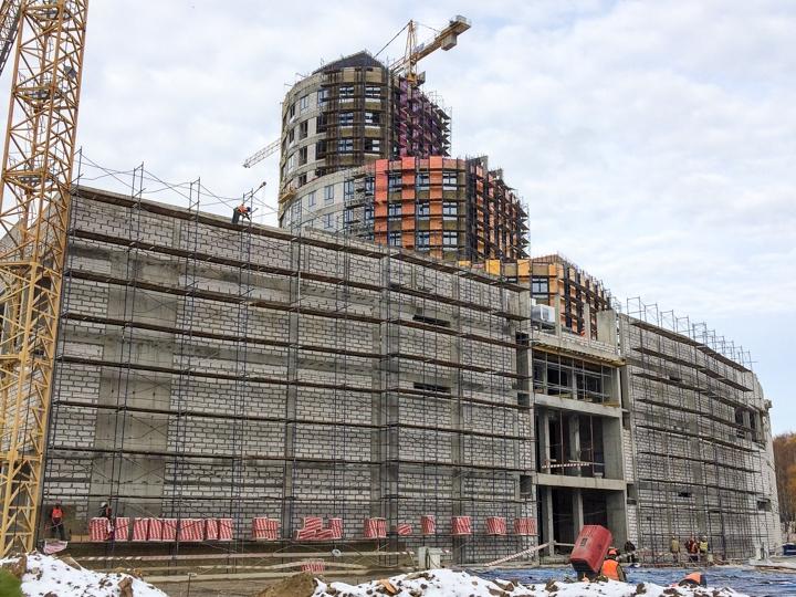 Башня МФК «Видное 9-18» постепенно обретает свой архитектурный облик. Дата открытия фото 2
