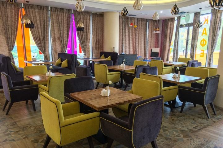 В Видном на Радужной улице открылось новое кафе c панорамным остеклением. Фоторепортаж фото 6