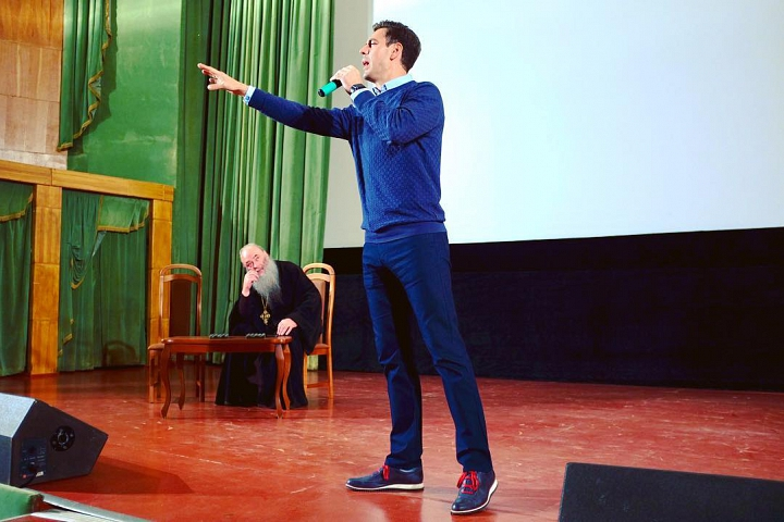 Творческий вечер с Дмитрием Дюжевым прошел в Видном