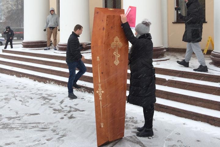 Несмотря на протест жителей, большинство депутатов райсовета дали добро на строительство в Ленинском районе нового города на четверть миллиона жителей фото 2