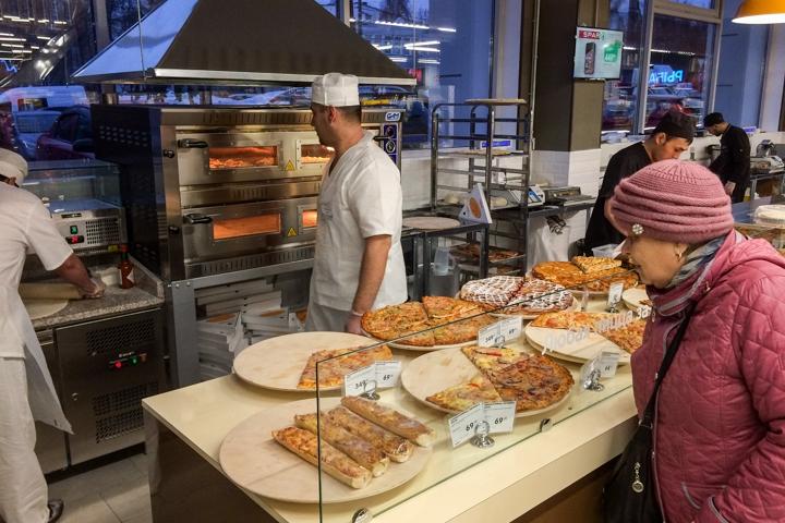 На ПЛК открылся супермаркет EuroSpar. Фоторепортаж фото 20