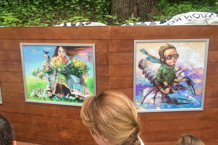 В Тимоховском парке открылась «Галерея под открытым небом» из 54 картин. Фоторепортаж фото 31