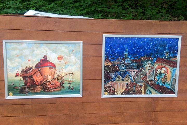 В Тимоховском парке открылась «Галерея под открытым небом» из 54 картин. Фоторепортаж фото 45