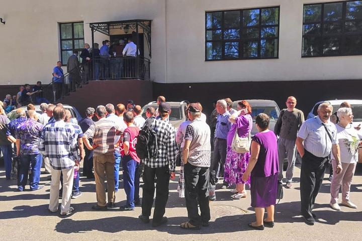 Состоялись районные публичные слушания по вопросу преобразования Ленинского района в городской округ. Видеозапись фото 4