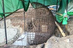 Продолжается реконструкция территории у к/т «Искра», начинается реконструкция фасадов 20-ти ближайших домов. Фоторепортаж