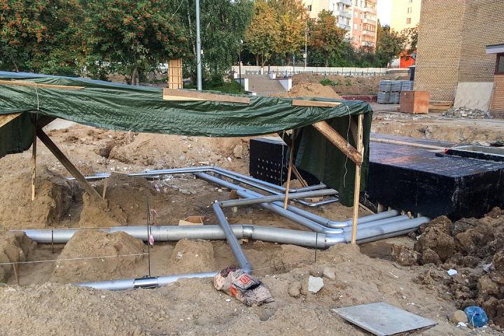 Продолжается реконструкция территории у к/т «Искра», начинается реконструкция фасадов 20-ти ближайших домов. Фоторепортаж фото 34