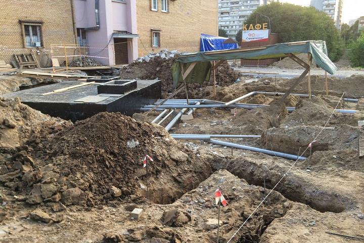 Продолжается реконструкция территории у к/т «Искра», начинается реконструкция фасадов 20-ти ближайших домов. Фоторепортаж фото 33