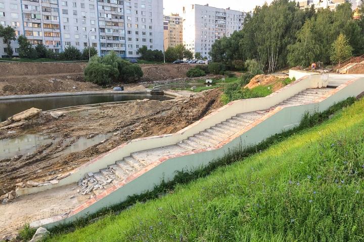 Продолжается реконструкция территории у к/т «Искра», начинается реконструкция фасадов 20-ти ближайших домов. Фоторепортаж фото 11