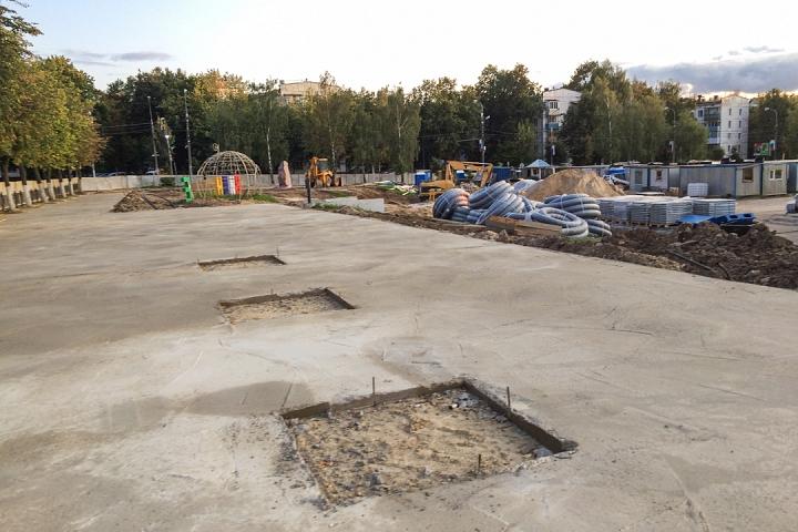 Продолжается реконструкция территории у к/т «Искра», начинается реконструкция фасадов 20-ти ближайших домов. Фоторепортаж фото 38