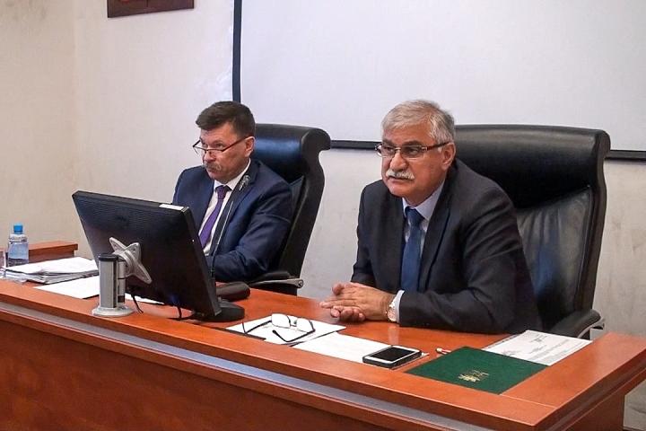 Видновские депутаты вновь обсуждают вопрос отмены программы застройки вокруг Тимоховского парка. Видеозапись заседания