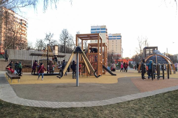 Заканчивается масштабное благоустройство центра города Видное. Фоторепортаж фото 50