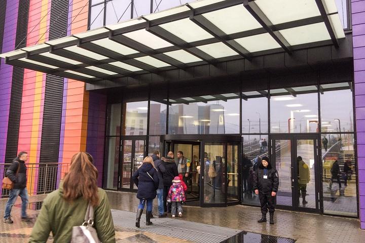 В Видном открылся торговый центр «Галерея 9-18» и кинотеатр «Киноград». Фоторепортаж фото 6
