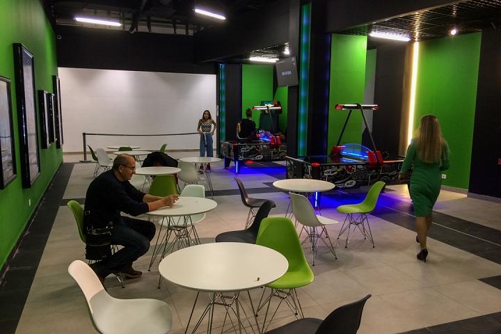 В Видном открылся торговый центр «Галерея 9-18» и кинотеатр «Киноград». Фоторепортаж фото 42