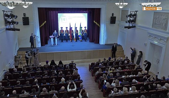 Алексей Петрович Спасский вступил в должность главы Ленинского городского округа фото 2