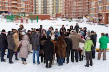 В 6-ом микрорайоне состоялись собрания жителей в связи c увеличением оплаты за коммунальные услуги. Следующее - 16 марта
