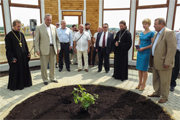 В День семьи в районе посадили росток от куста Неопалимой Купины и заложили памятник святым Петру и Февронии